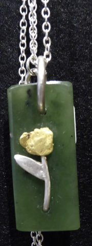 pendant - pounamu and gold/silver flower