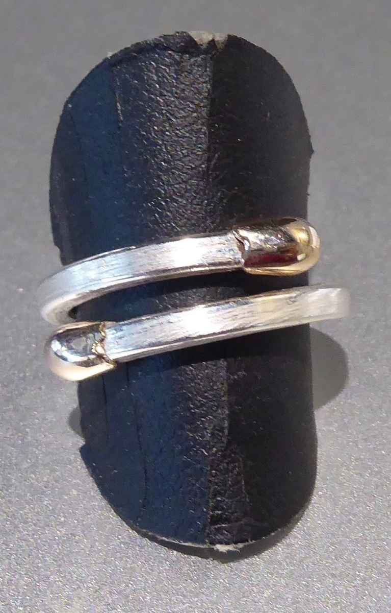 Double ended Live/Live ring