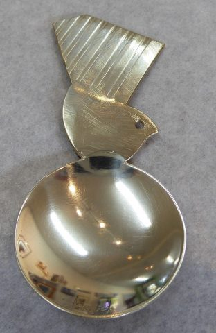 Fantail spoon