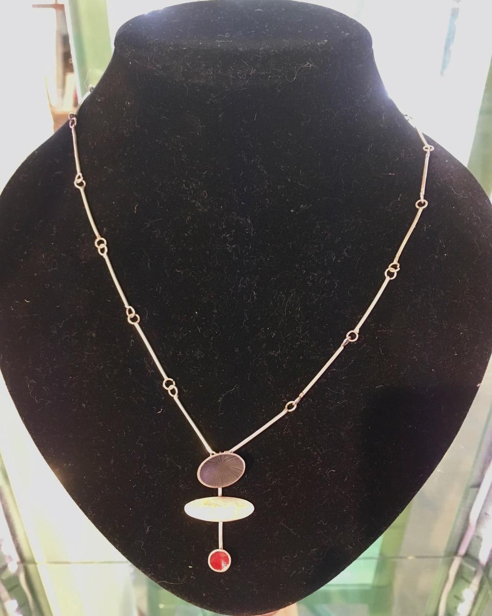 Totum necklace