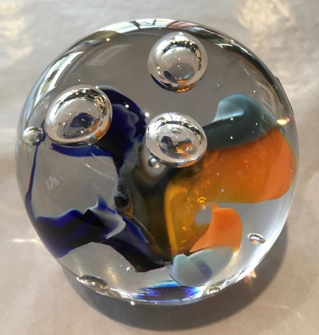 Paper weight - round - blue/orange
