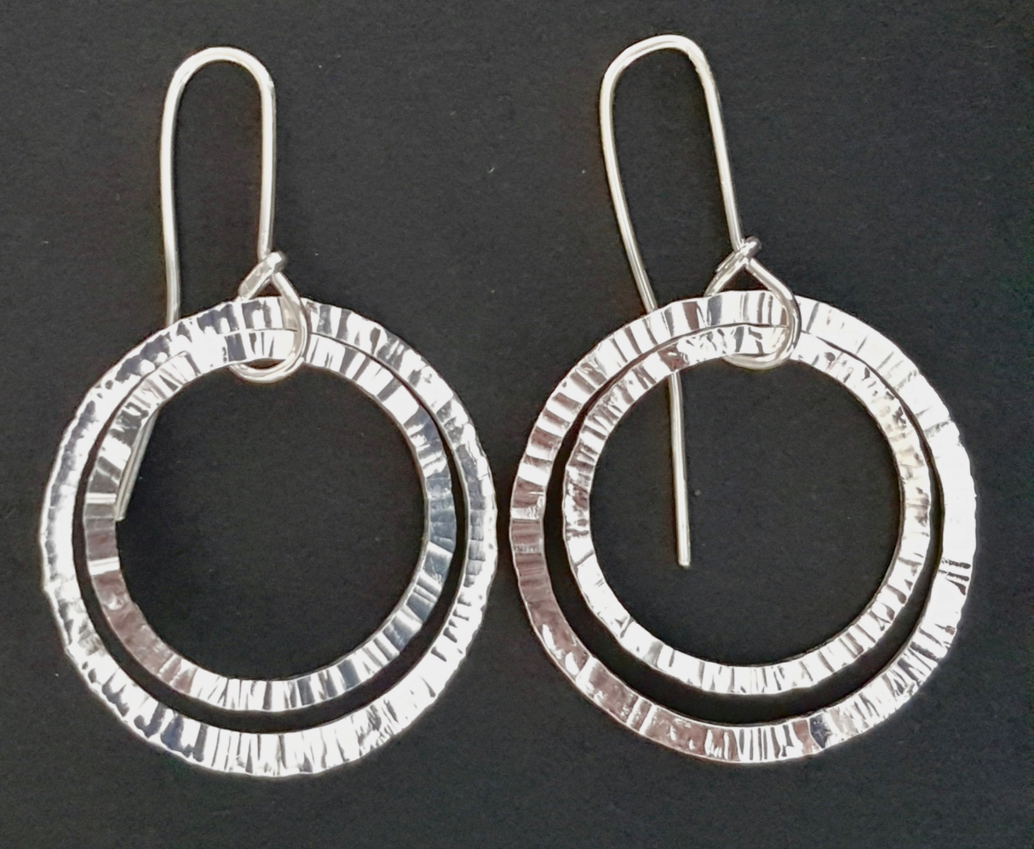 Forged double loop earrings (L)