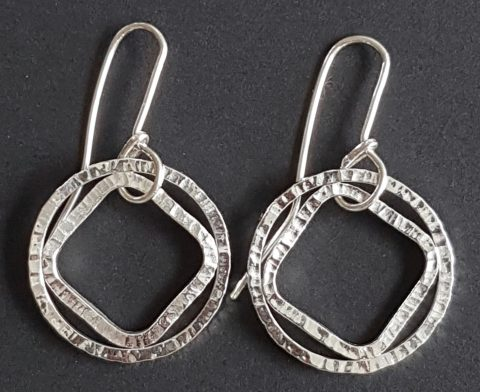 Forged Loop and Diamond earrings (S)