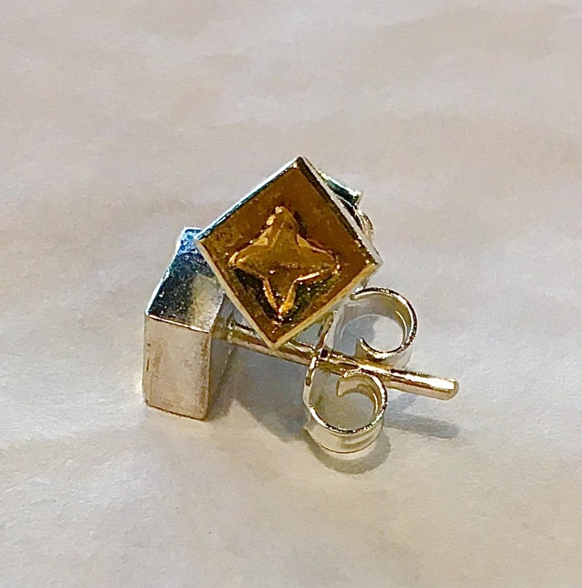 Star in Square stud earrings