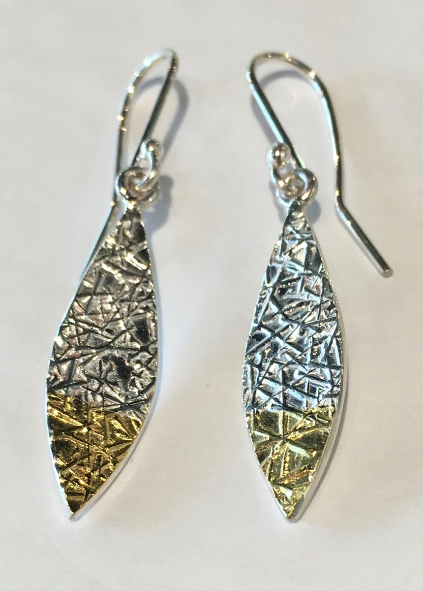 Leaf Text-ure earrings (small)