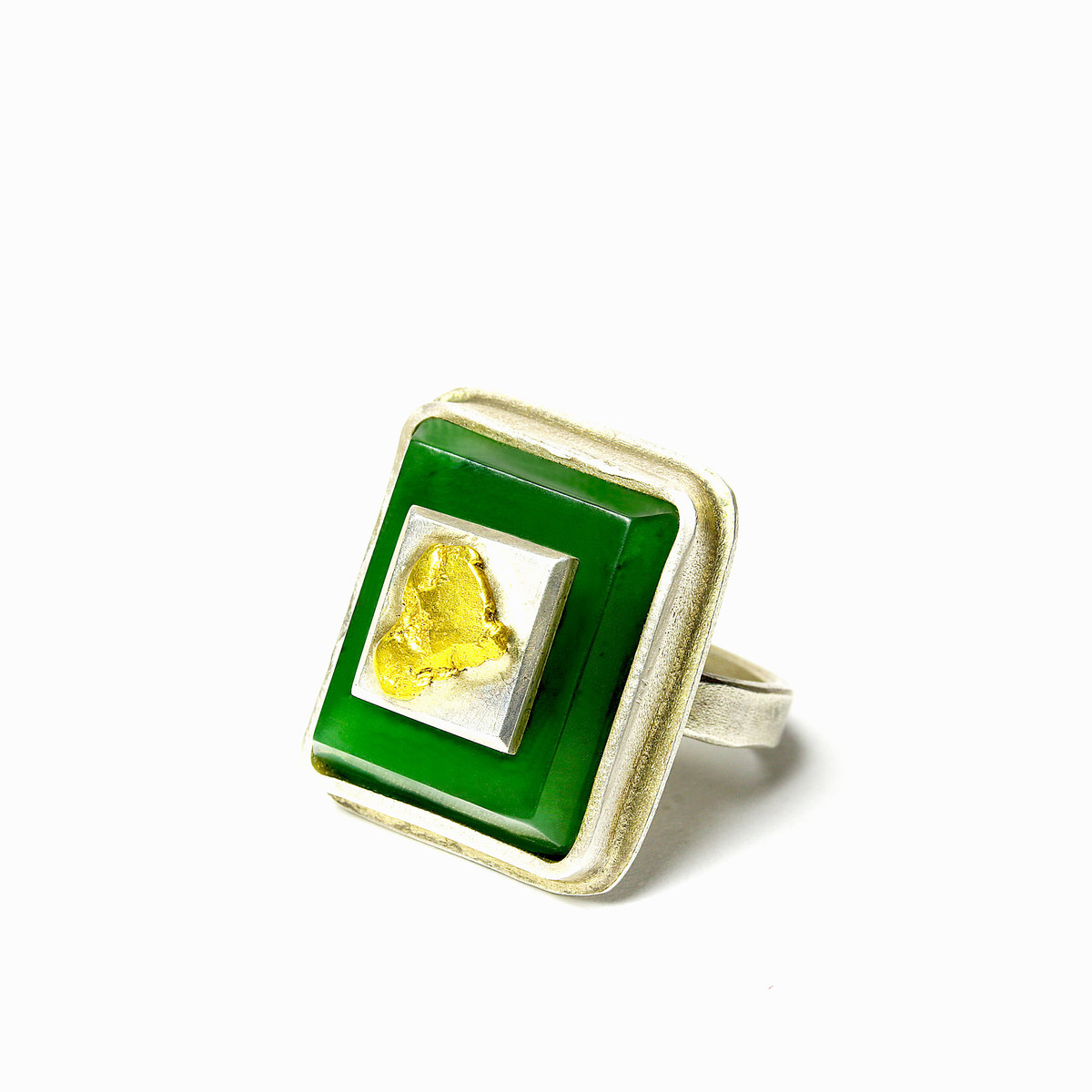 Pounamu, sterling silver and 24ct gold ring NA104