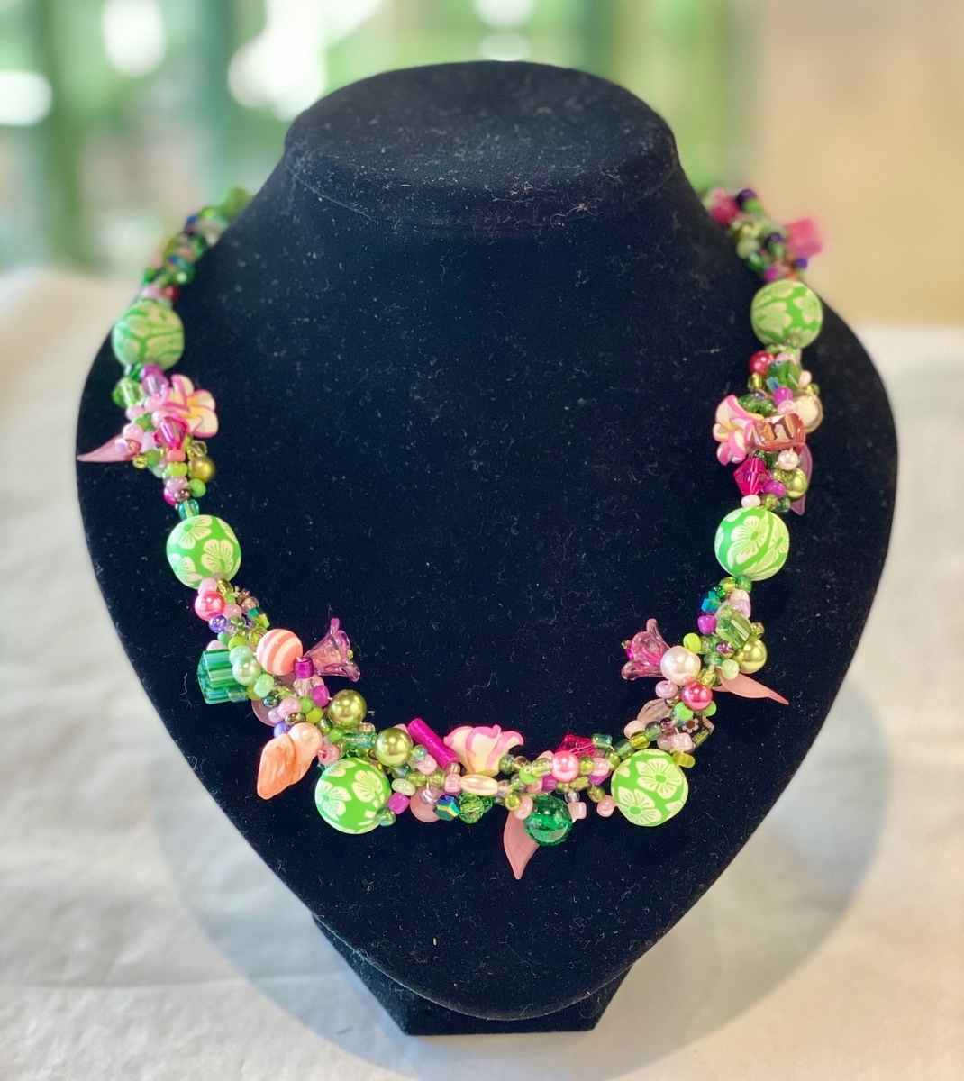 Multi colour (pink/green) necklace