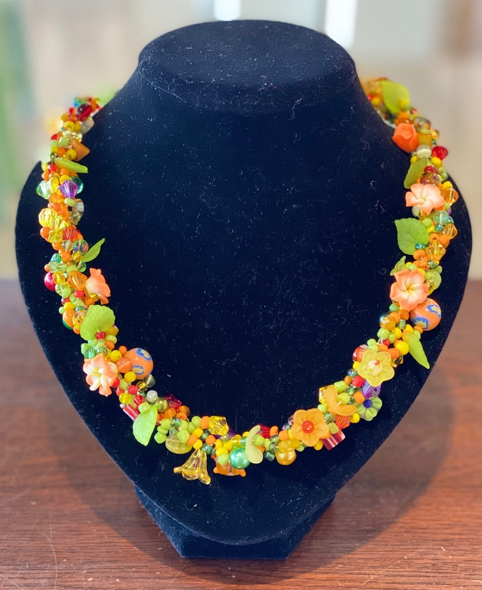 Multi colour yellows necklace