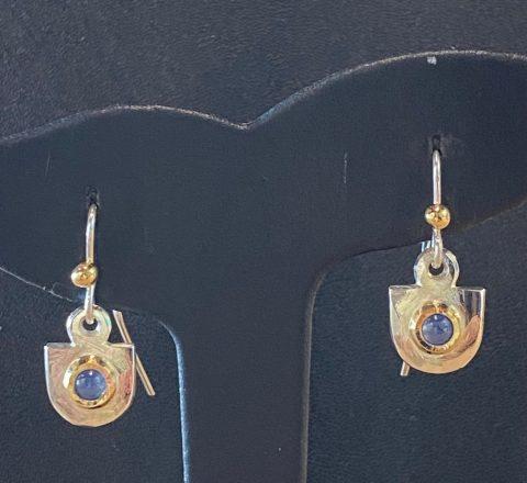 Sapphire earrings (6194)