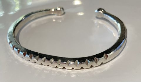 C shaped bangle - notched (6273)