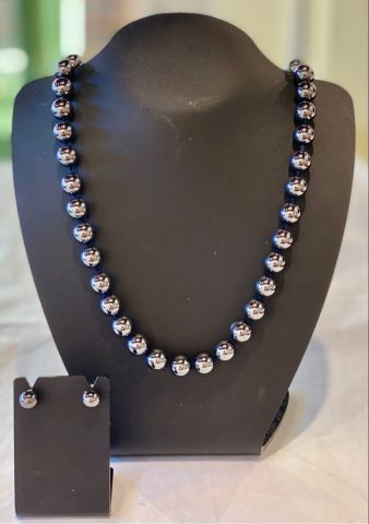 Hematite knotted necklace (includes earrings)